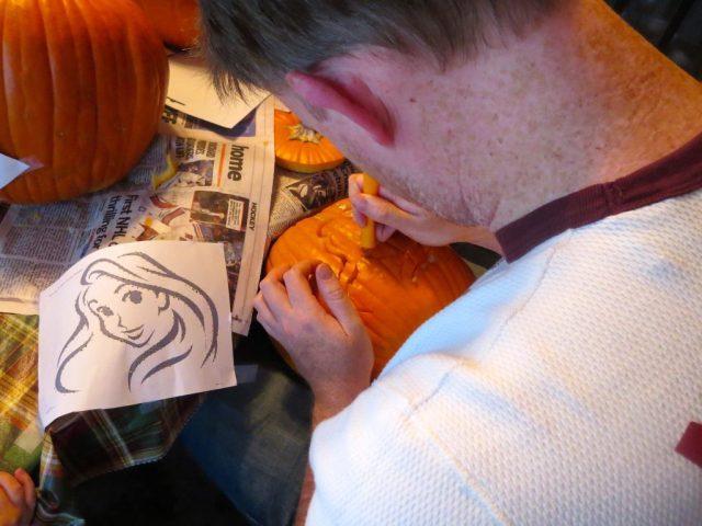 Kevin Carving Rapunzel