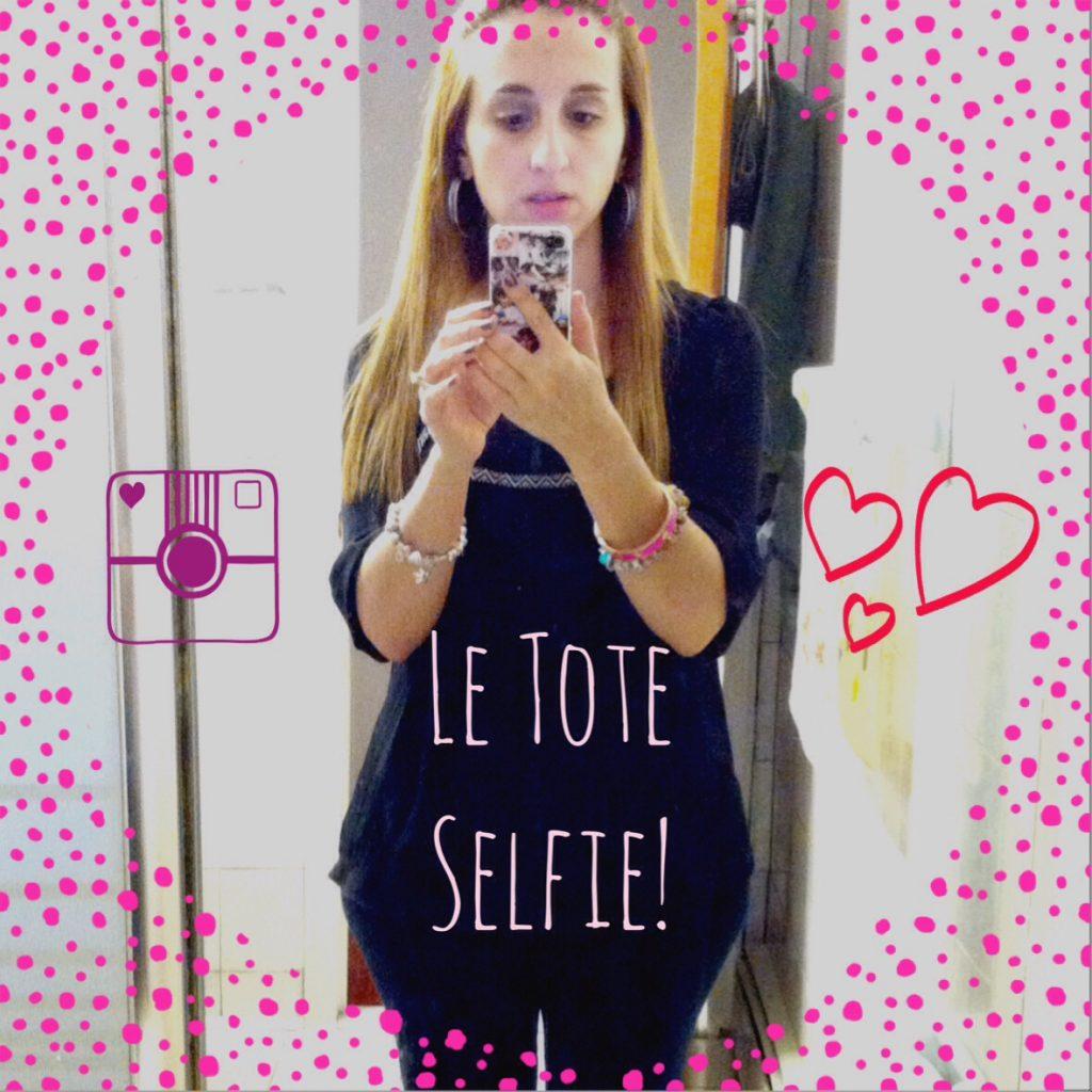 Le Tote Selfie