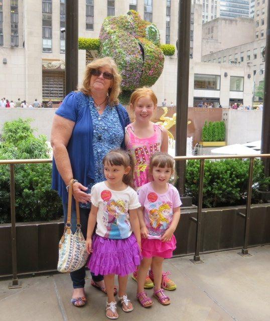 grandma-the-girls-outside-rockefeller-center