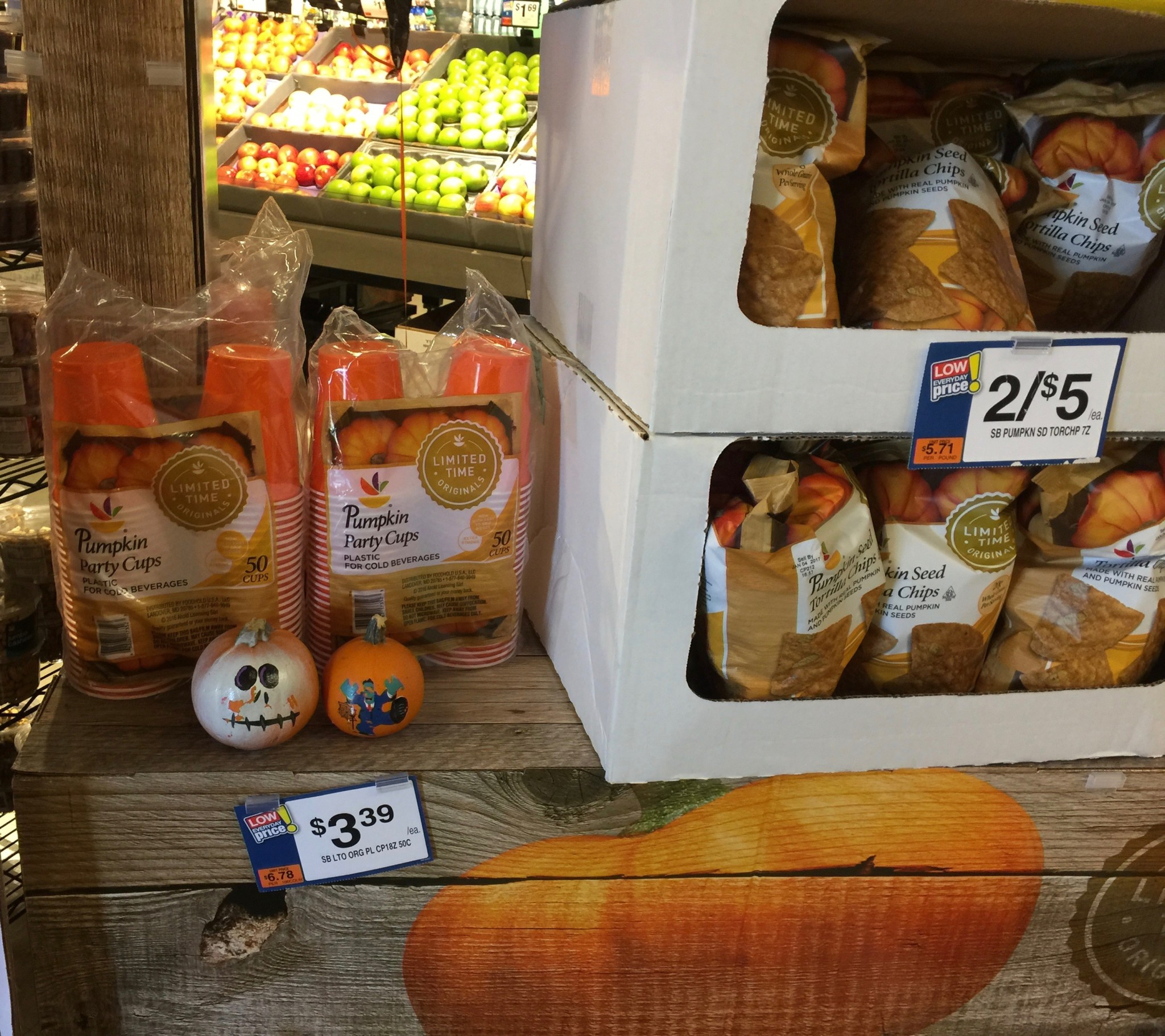 Stop and Shop - Pumpkin Spice Chips and Cups