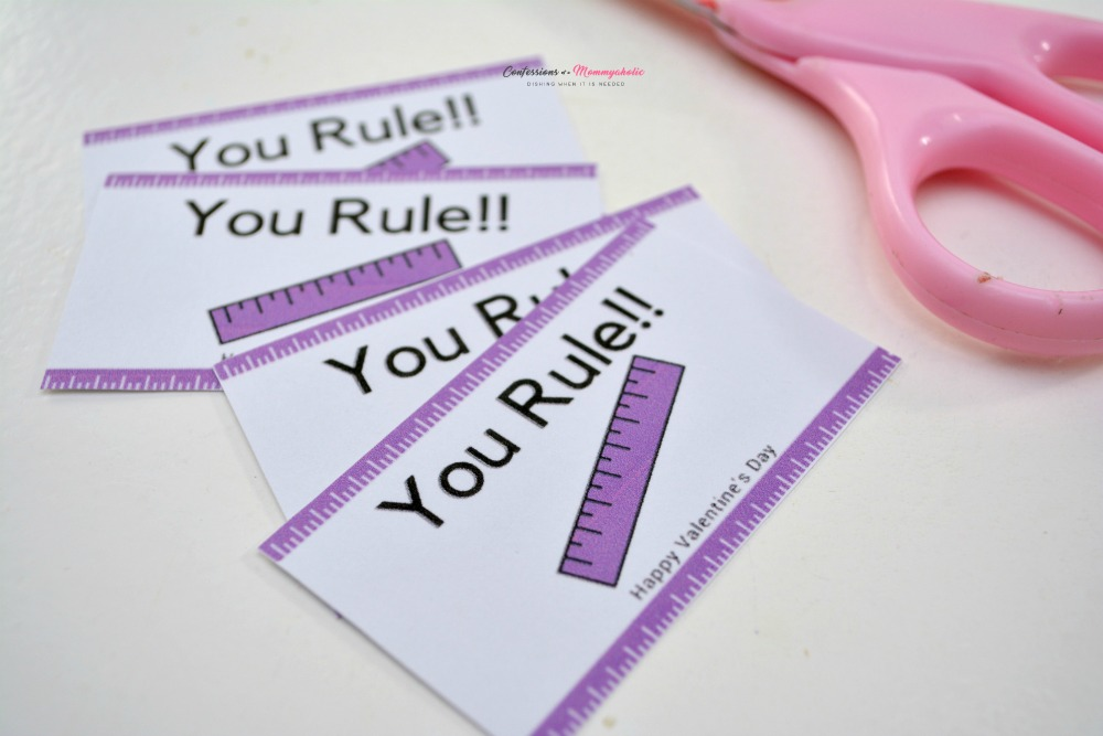 You Rule Labels with Scissor