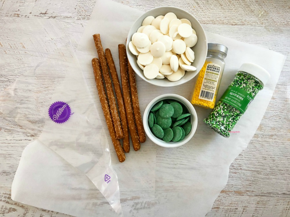 White and Green Chocolate Covered Pretzels Recipe Ingredients