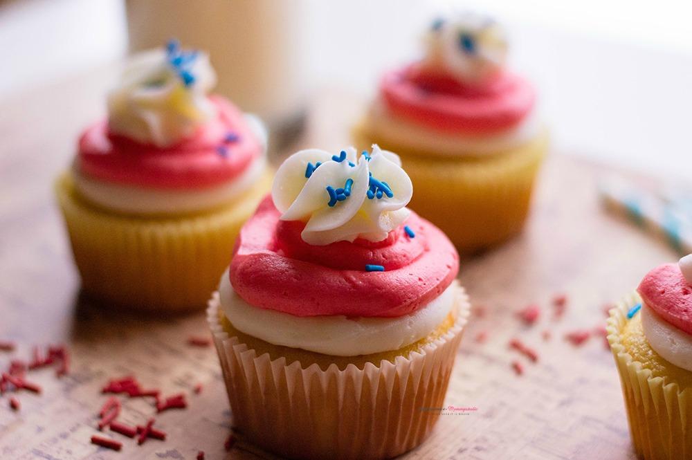 Patriotic Cupcakes Dessert Horizontal 3