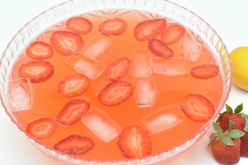 Strawberry Moscato Punch Horizontal 9