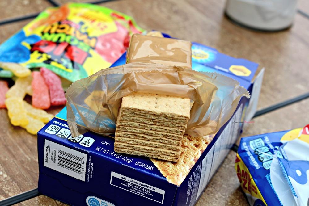 Open Honeymaid Graham Cracker Package