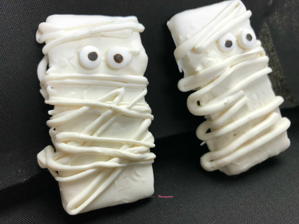 Graham Cracker Mummies Horizontal 1