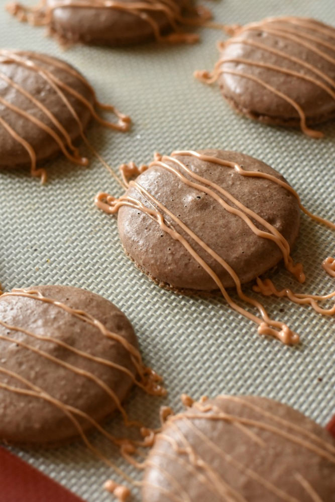 Reeses Peanut Butter Cup Macarons Recipe Step 9