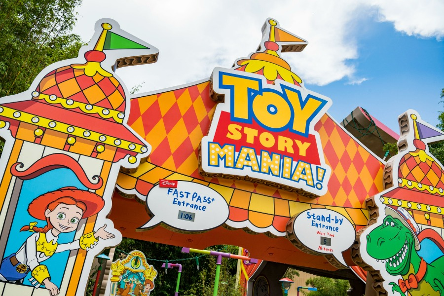 Toy Story Land, This Mom's Confessions