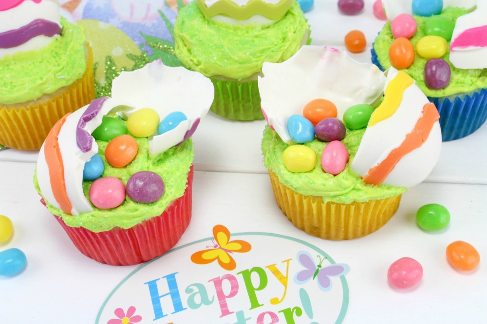 Cracked Easter Egg Cupcake Final 3