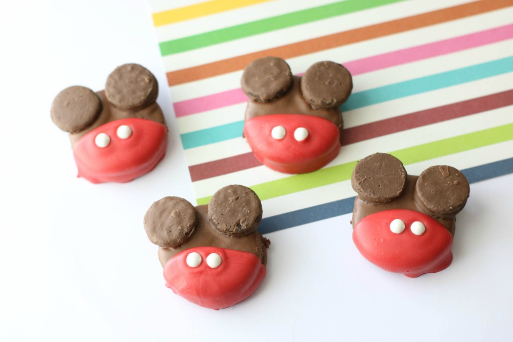Edited-mickey-mouse-oreos-sample1-1