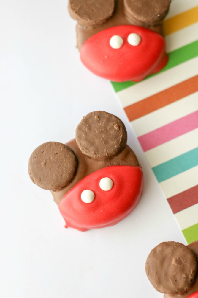 Edited-mickey-mouse-oreos-sample1-3