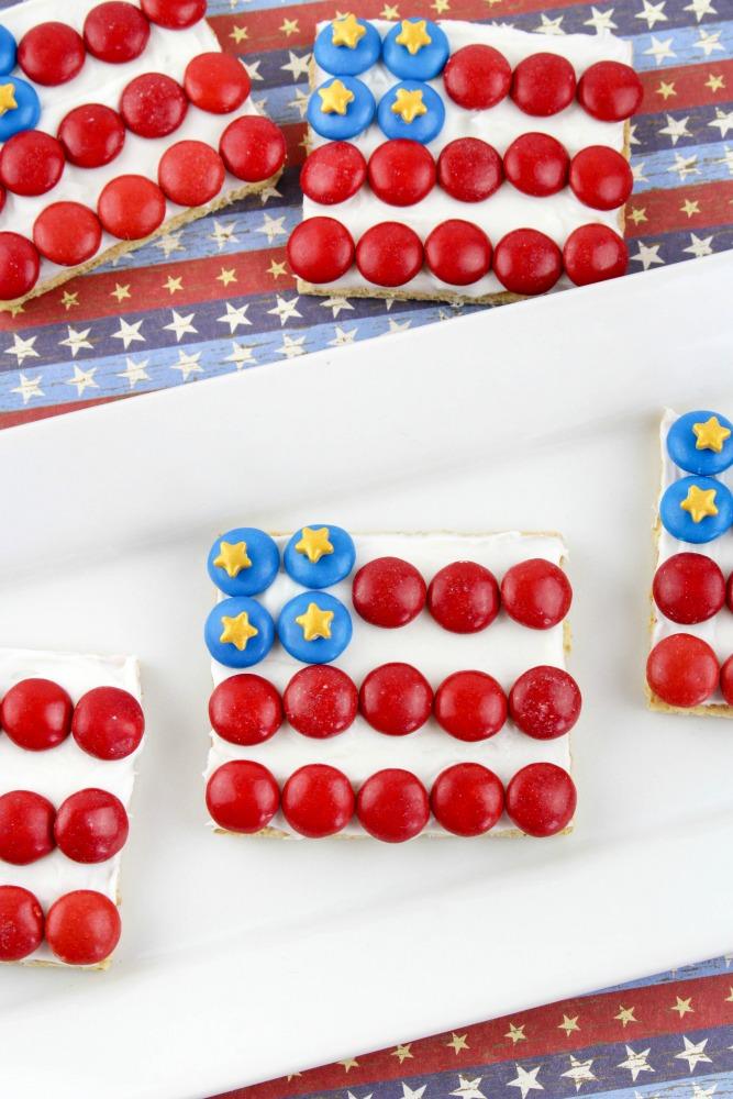 American Flag Graham Cracker Patriotic Treats Final 4