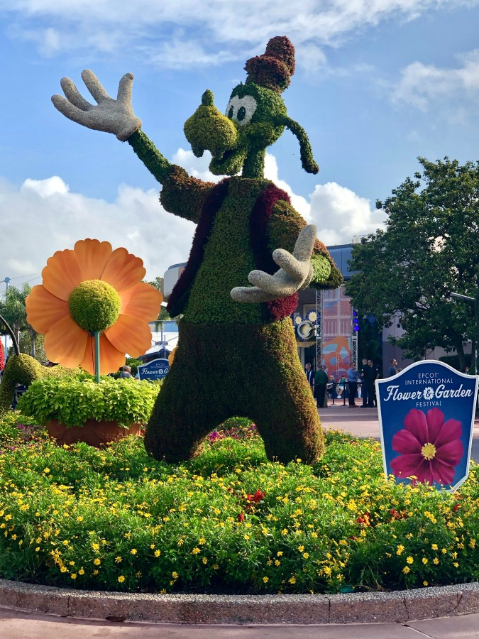 Epcot Flower and Garden Festival Goofy