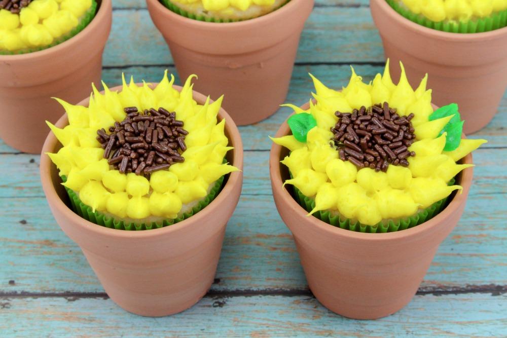 Sunflower Cupcakes Final 2