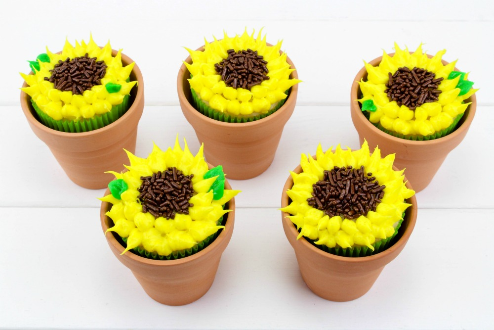 Sunflower Cupcakes, This Mom's Confessions
