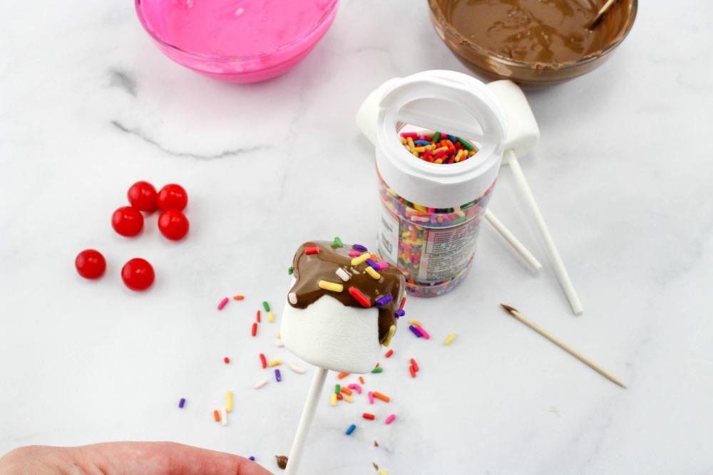 Sundae Marshmallow Pops In Process 4