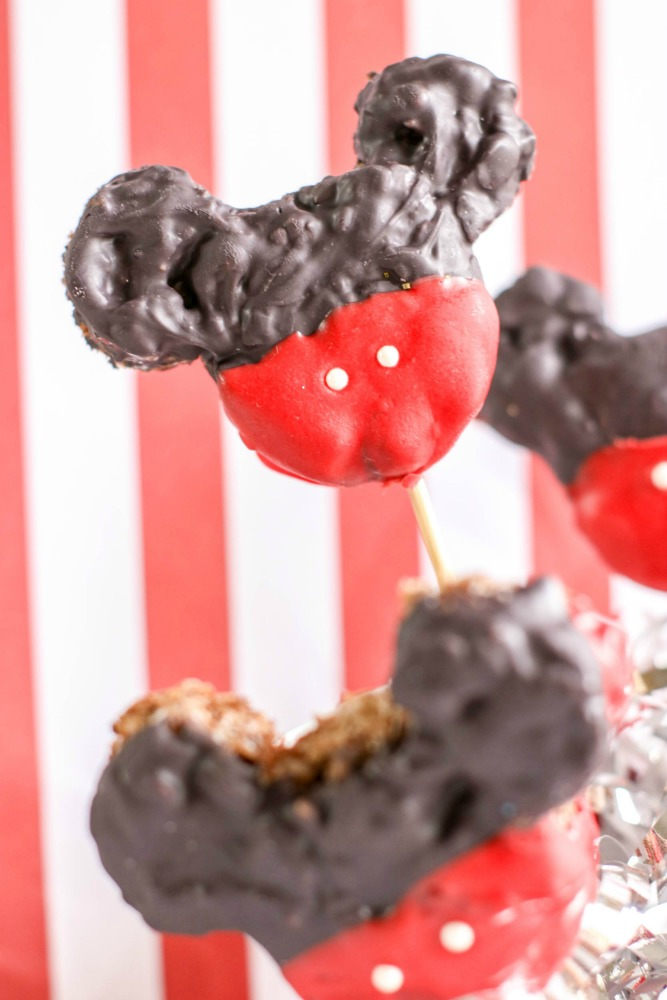 Mickey Mouse Krispie Treats 3