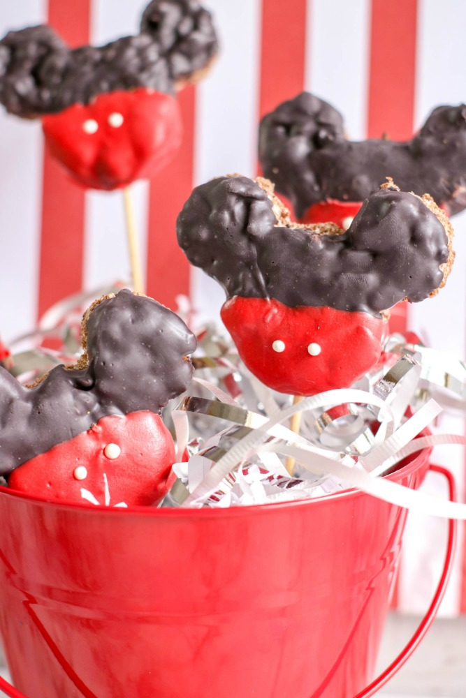Mickey Mouse Krispie Treats 6