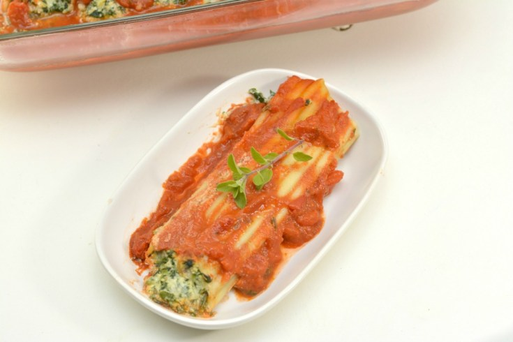 Spinach and Ricotta Cheese Manicotti Recipe