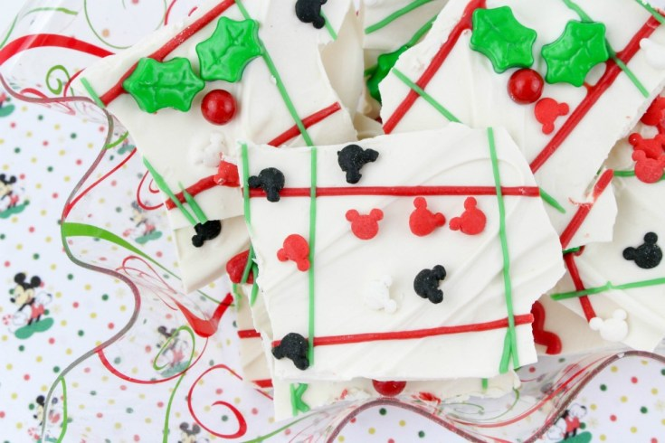Mickey Mouse Chocolate Christmas Bark Recipe