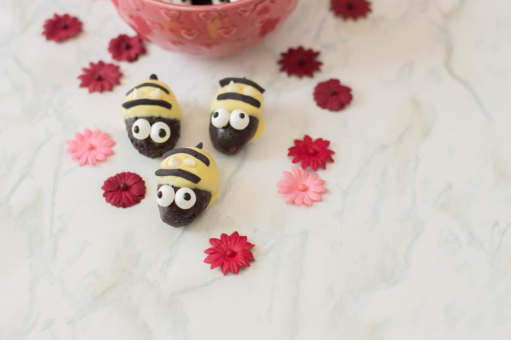 Bumblebee Oreo Truffles 1