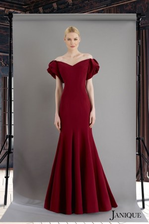 Ruffled cut sleeves evening dress in wine. Short sleeves with ruffled wine long dress. Stretch crepe short sleeves dress.