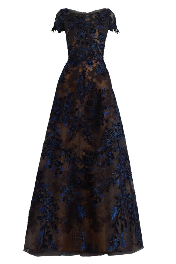 W2187 Lace Gown