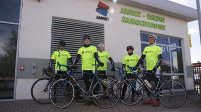 GRUPA Janisz - sponsorem rowerow dla Dolina Noteci Racing Team