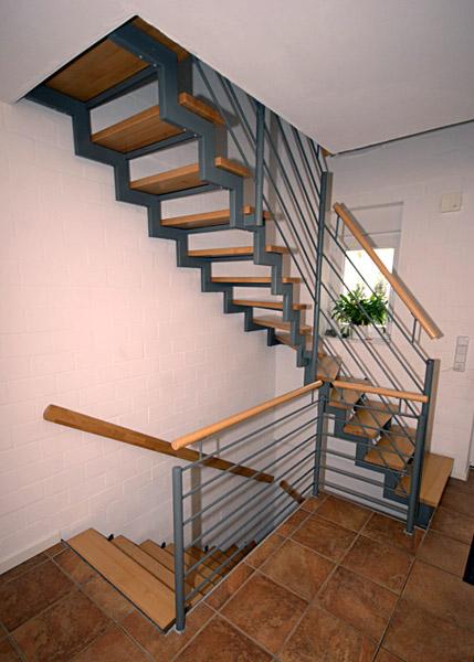 Jankowski Metall  Treppenbau  Freitragende Treppen