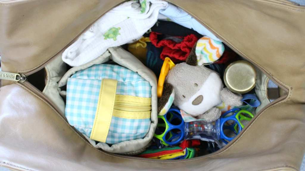Fill your bag with these diaper bag essentials.