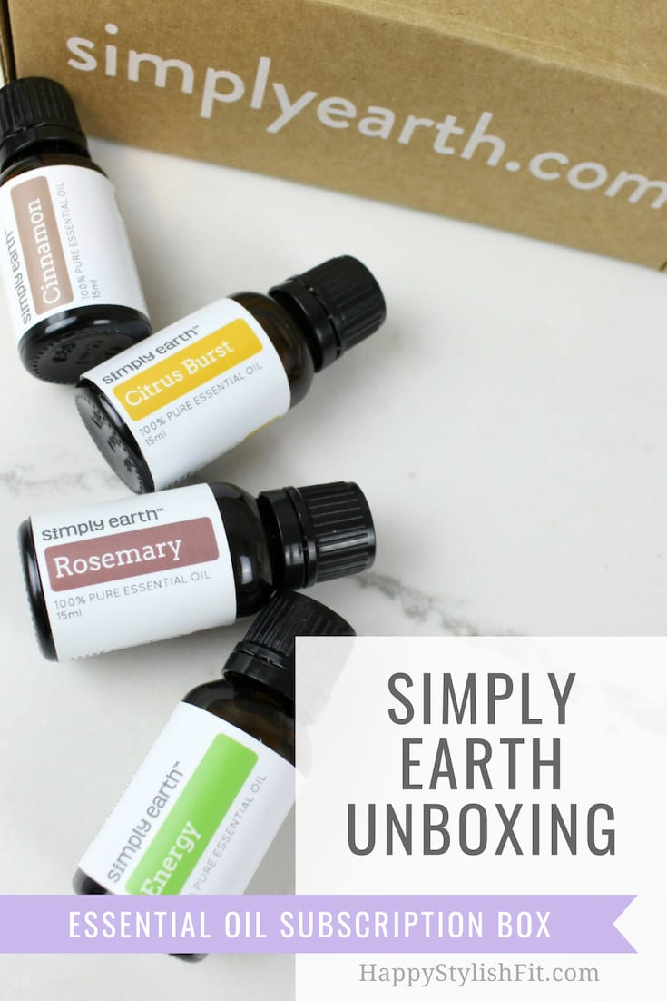 Simply Earth is a monthly essential oil subscription box. Check out the full unboxing and the 6 different DIY recipes.