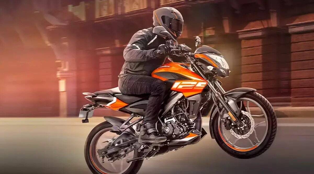 Buy this sports bike with strong style and mileage by paying 11 thousand, this will be monthly EMI