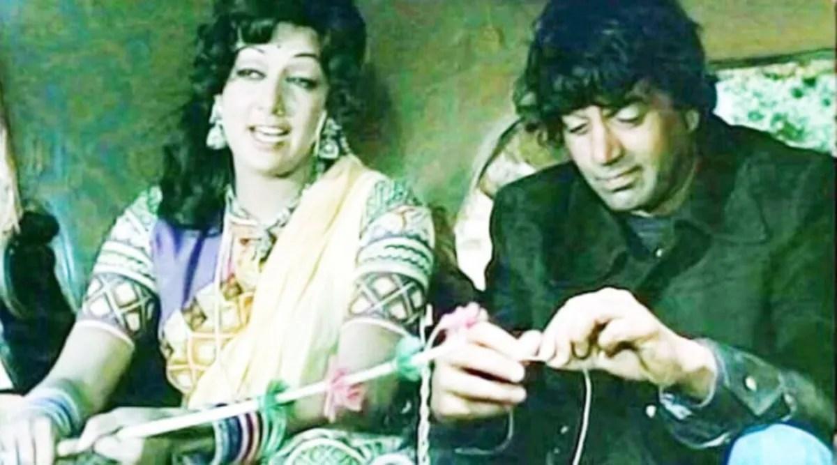 KAUN BANEGA CROREPATI 13, Hema Malini, Amitabh Bachchan Reunion: It took Amitabh Bachchan 3 years to shoot a scene of 'Sholay', Dharmendra walked 28 miles