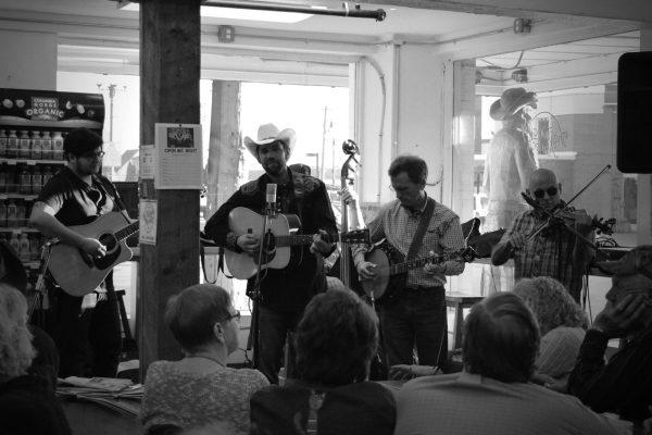Queen Bluegrass Jansen Art Center