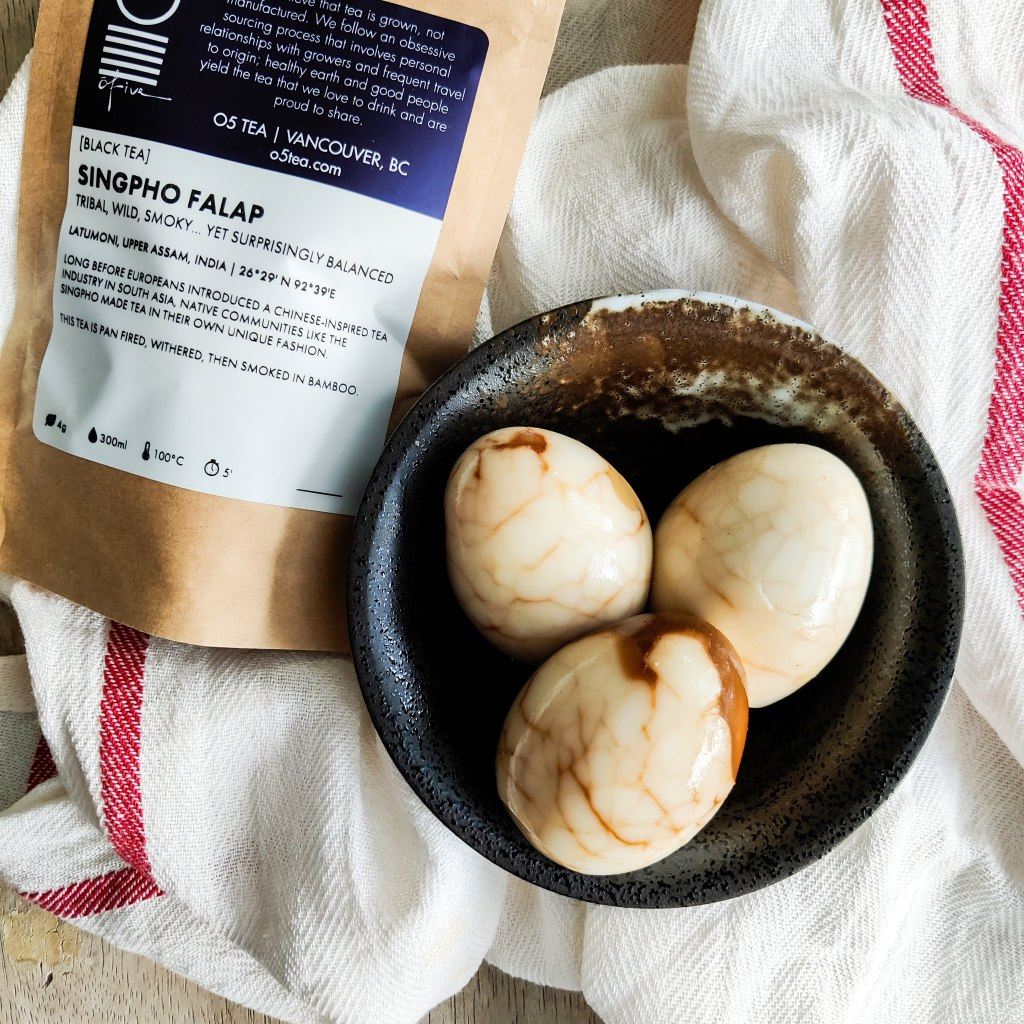 Using smoked tea for marble eggs