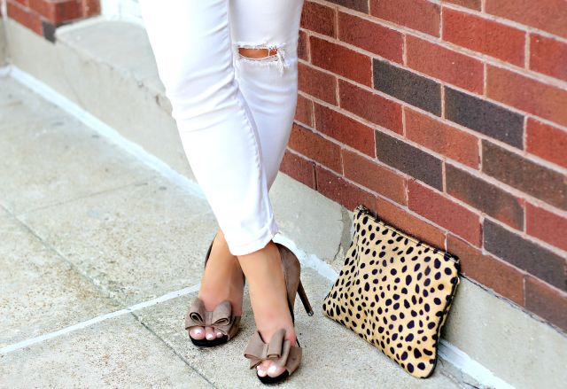 taupe bow heels 3