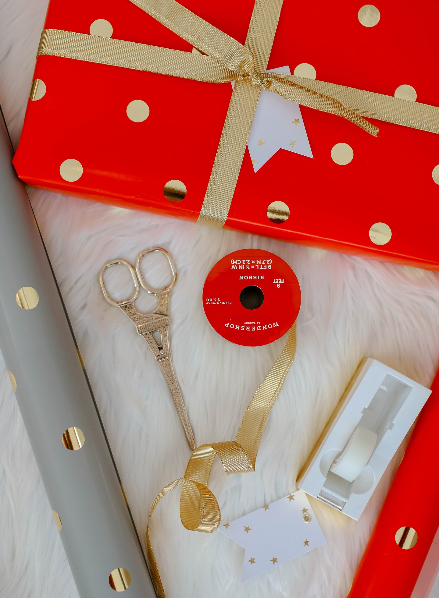 red wrapped gift 1b