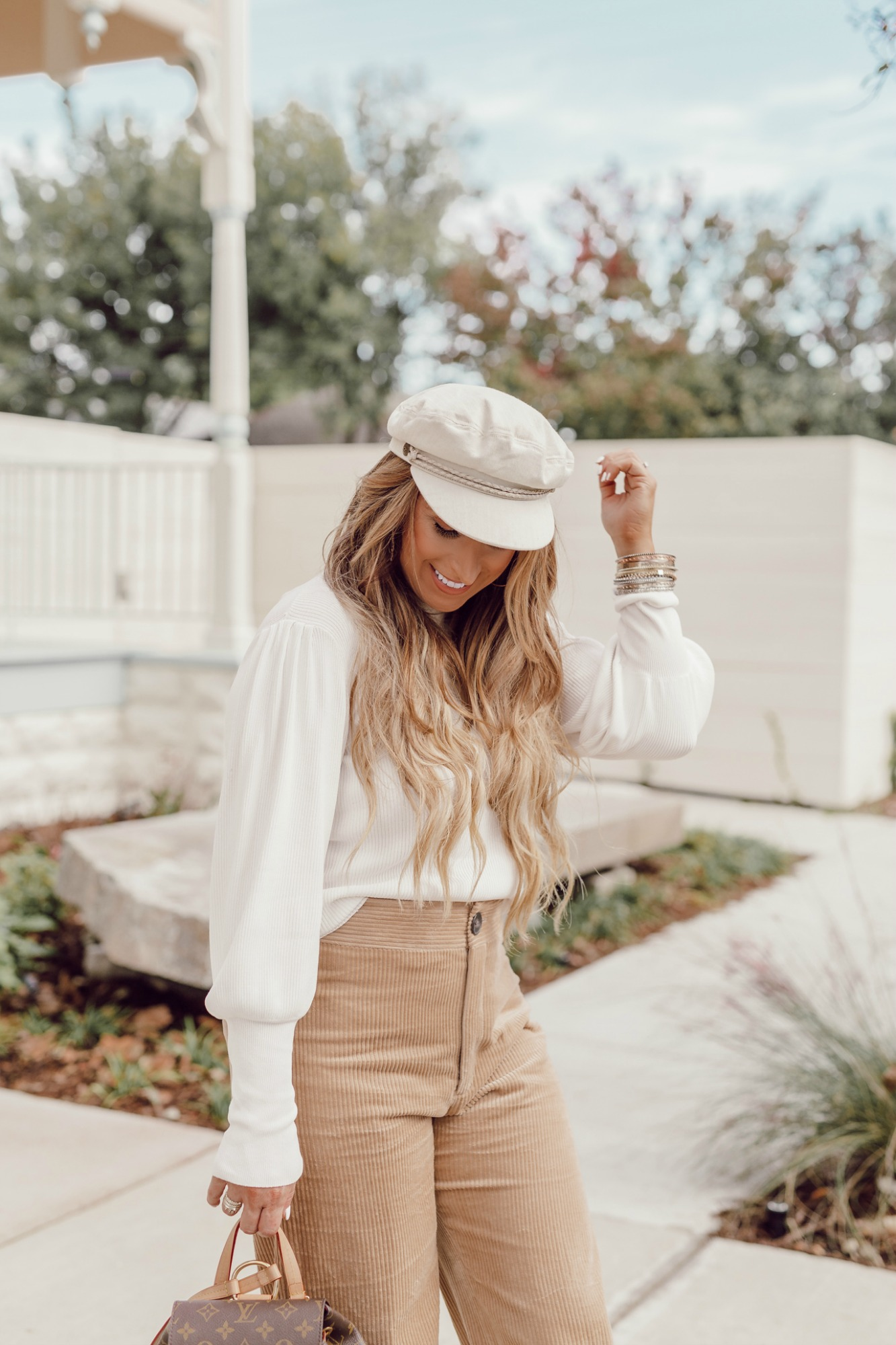 How to style a pageboy hat