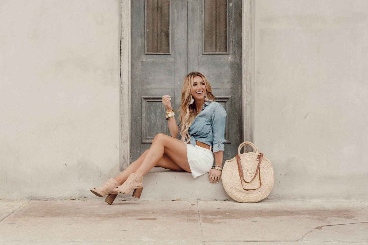 how to style a white denim skirt for spring and summer