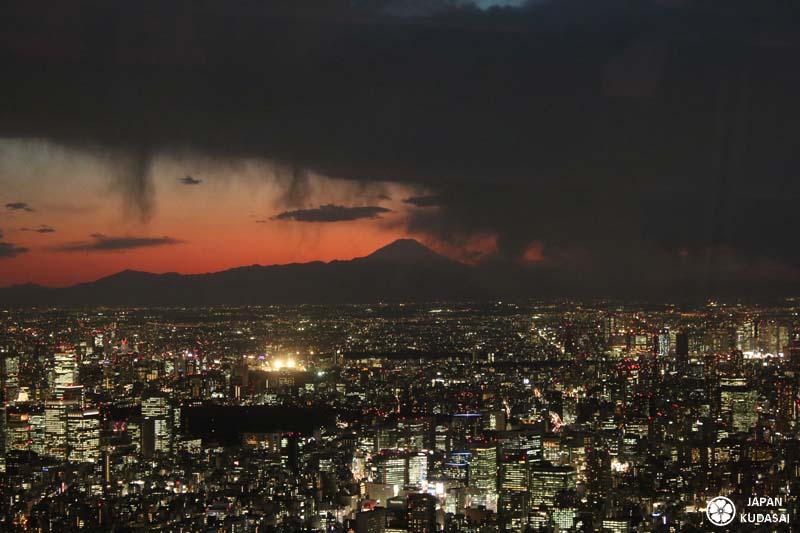 vue-skytree-fuji-nuit