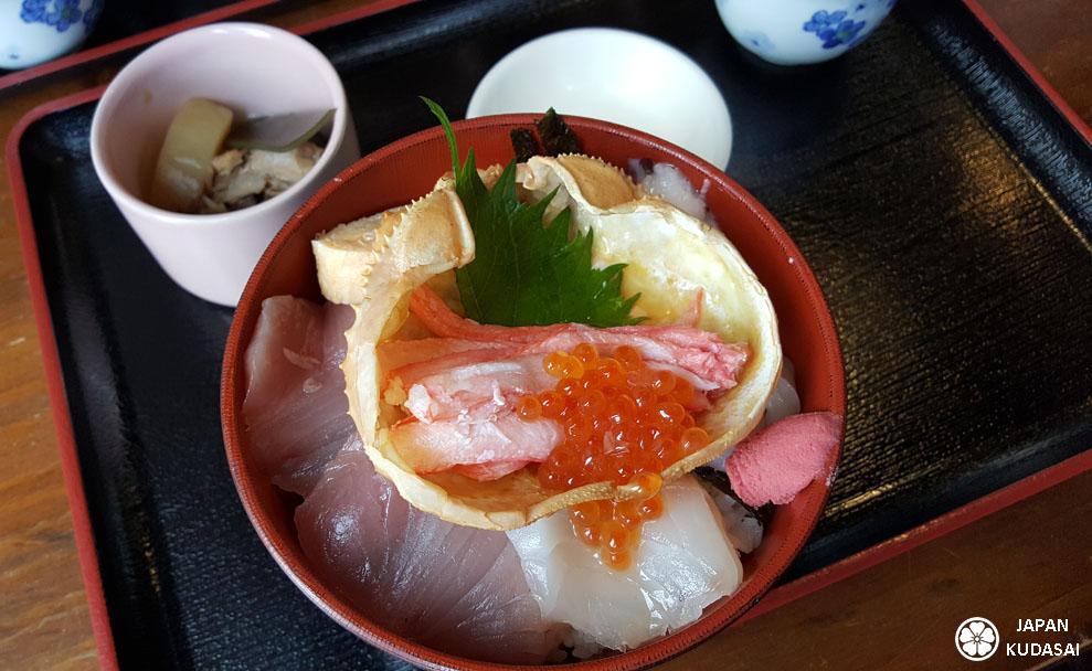 Le crabe matsuba ou crabe de Kinosaki est une spécialité culinaire d'hiver à manger dans la région de kinosaki lors d'un voyage au Japon.
