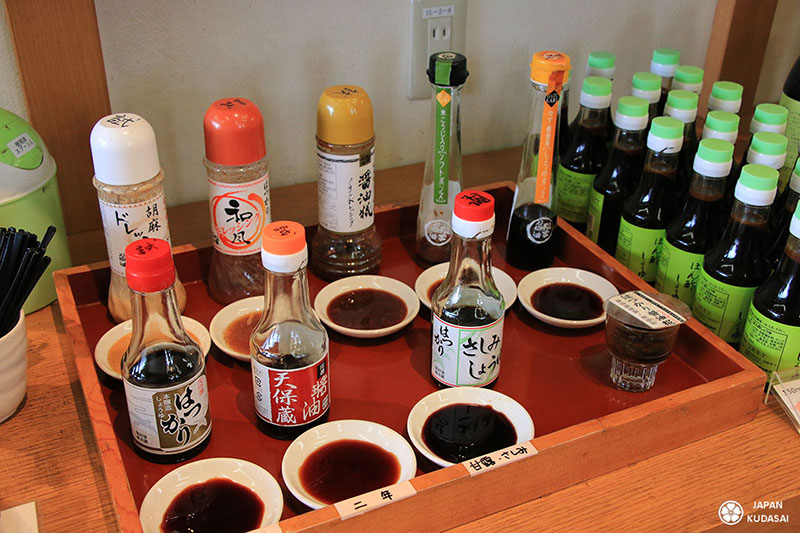 test degustation de sauce soja au japon