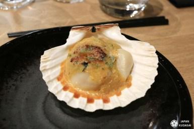 Coquille St-Jacques, gratiné au beurre de soja épicé