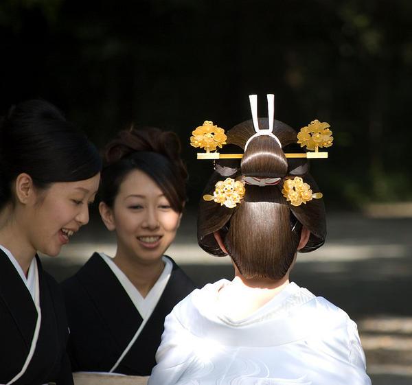 traditional hair wedding
