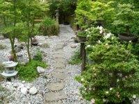 Stepping Stones and Pathways: Japanese Garden Design