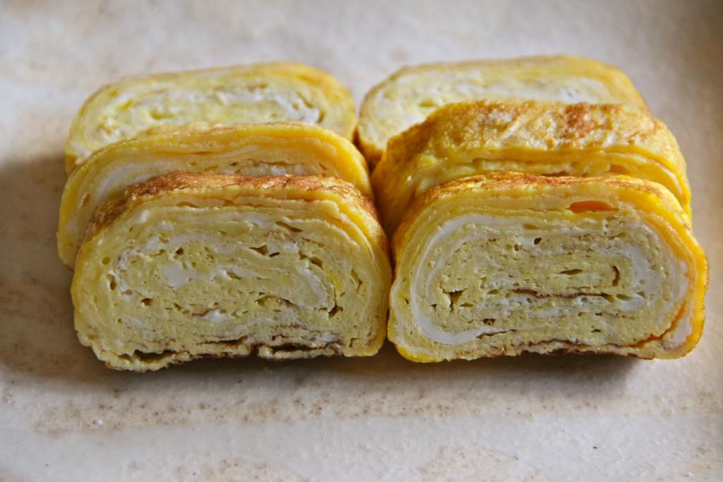 tamagoyaki pan fried rolled