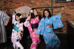 Kimono Pop-Up