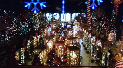 クリスマス屋