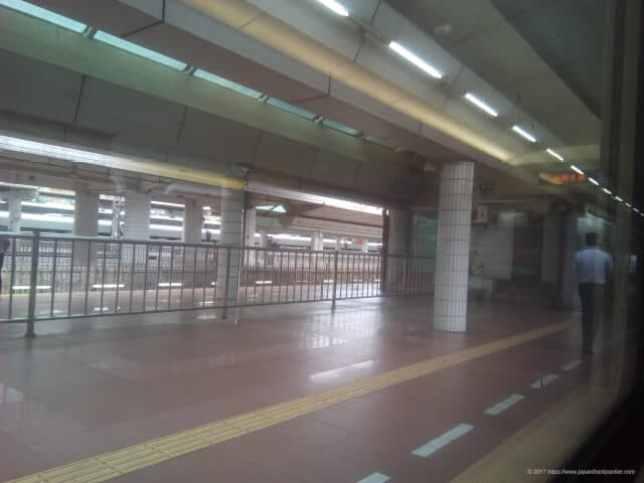 広州東駅のホーム