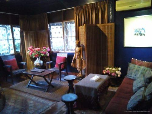 チェンマイのホテルBaan 5/9のリビング